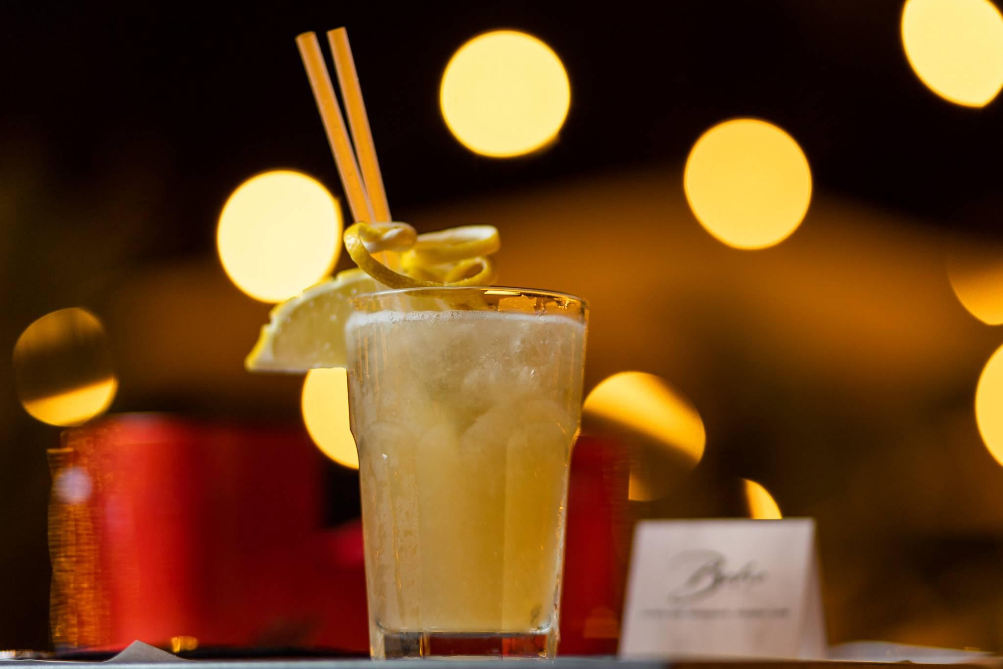 Lounge Bar Eur